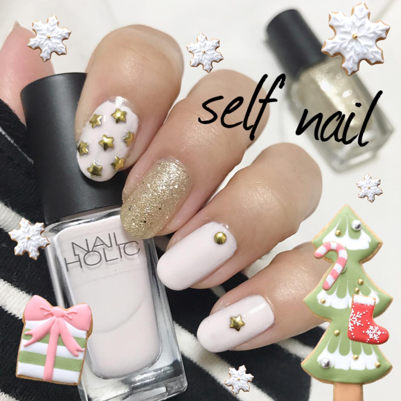 セルフネイル ♡ 白×ゴールドで雰囲気だけ クリスマスネイル