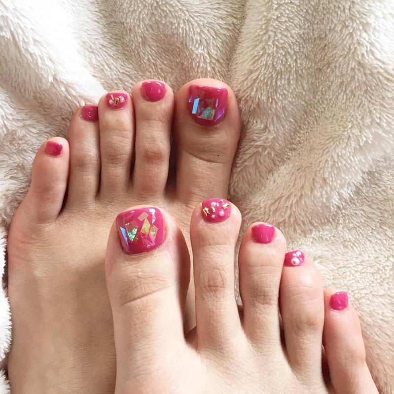 かわいいが作れるピンクネイル