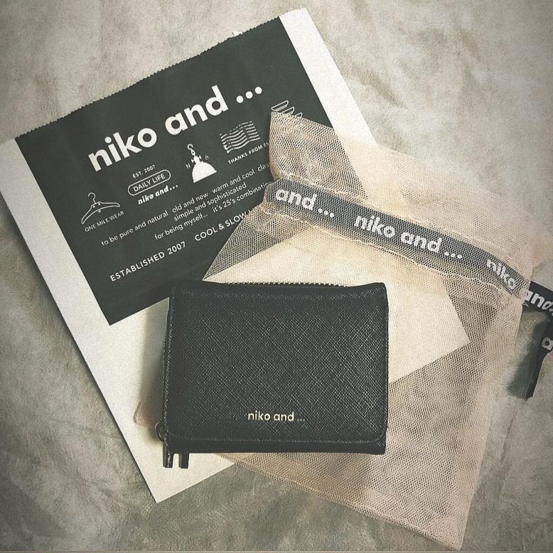 ニコアンド 財布