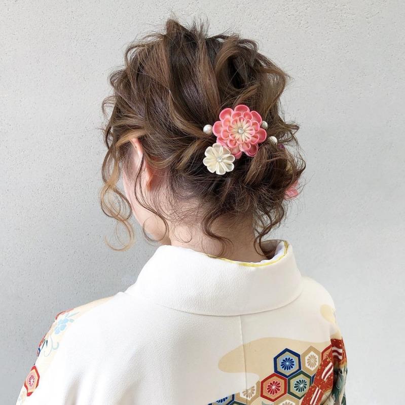 結婚式の着物スタイルは髪型が重要 年代 レングス別におすすめ